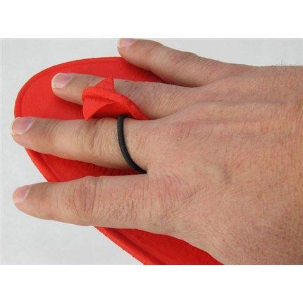 Glide-Paddle-on-hand-finger-hold